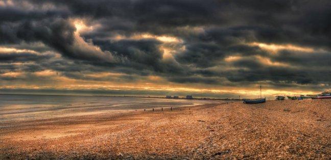 a_storm_is_brewing_by_robert_eede-d5xa7eh