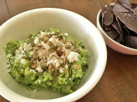 guacamole-pepitas-cojita