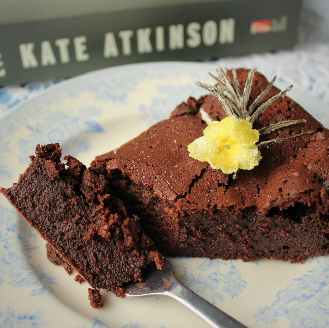 Kate Atkinson. Life After Life. Cooking the books.